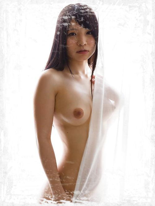 Iori Sana Pics